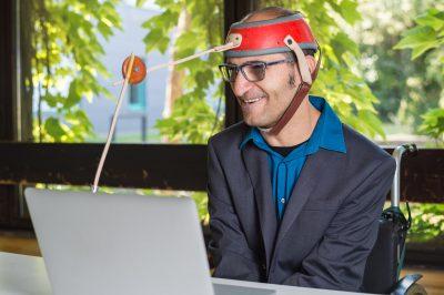 Antonio Florio am Computer